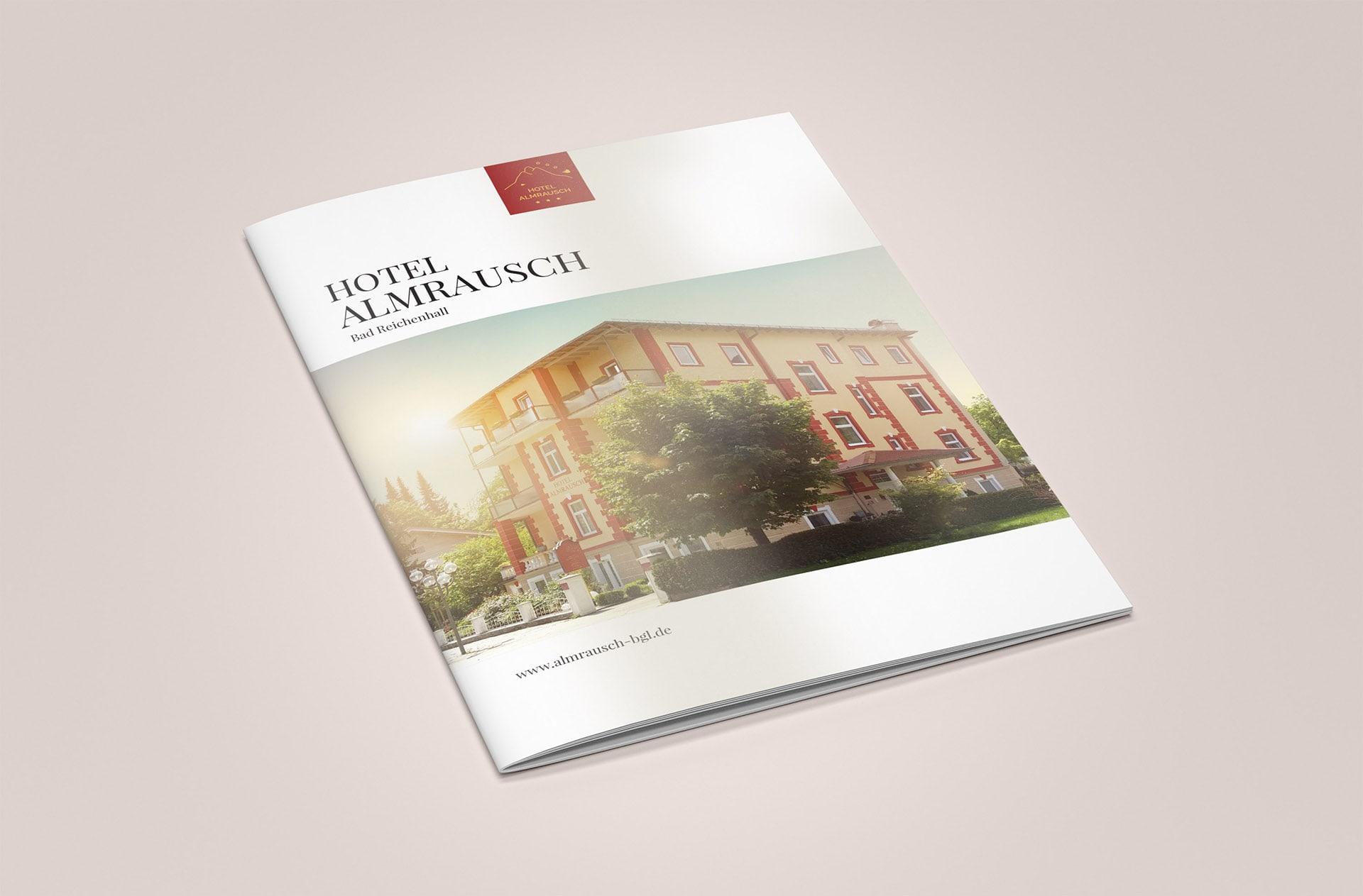 minuteman's Portfolio - Printdesign für das Hotel Almrausch in Bad Reichenhall - Hochglanz Broschüre Cover