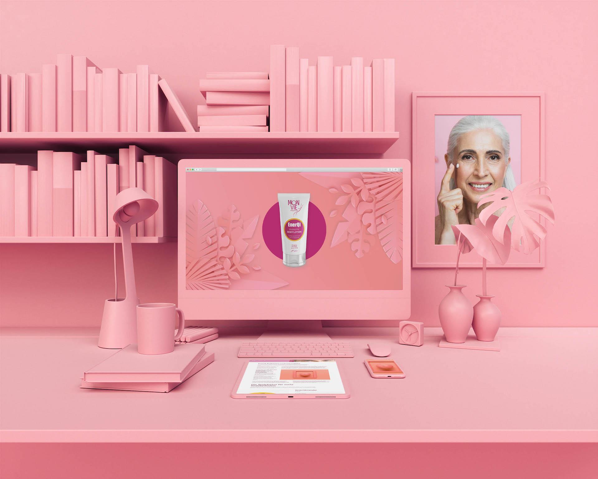minuteman's Portfolio - Monvie EnerQi Energiekosmetik - Bodylotion und Massagecreme - rosa unicolor Mockup mit alter Dame
